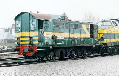8523 at Antwerp Dam Depot on 18th February 2000