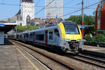 08015 at Brusssel Chapelle on 7th June 2013