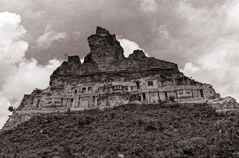 Xunantunich - Mayan Archeological Site