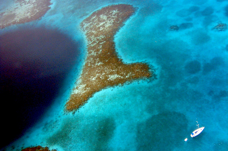The Great Blue Hole, Lighthouse Reef, Belize