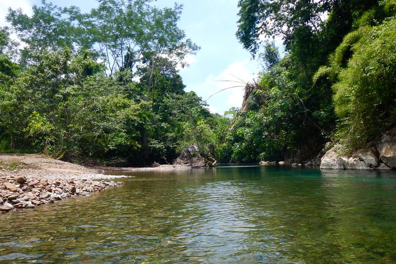 Nohoch Che'en, Cayo, Belize