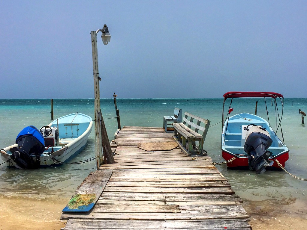 beach caye caulker belize