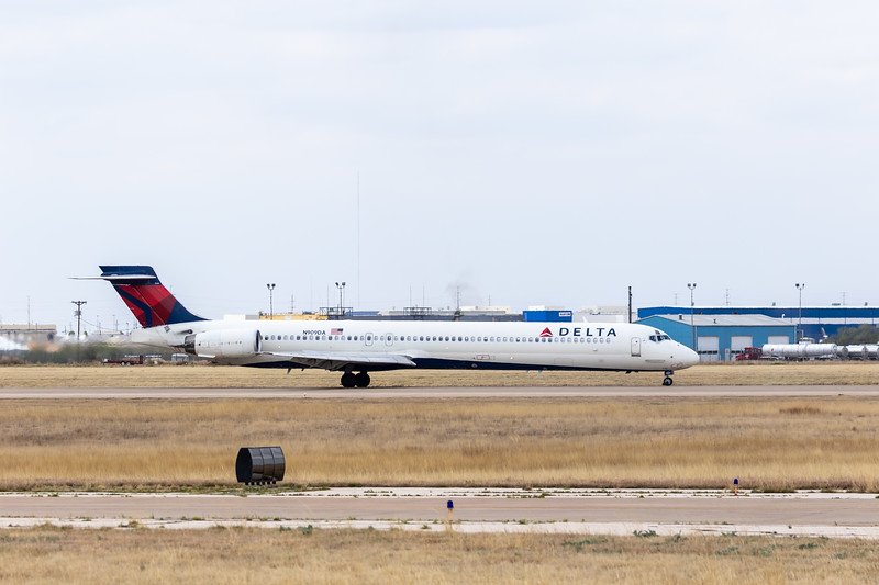 -(Airline) Delta Air Lines<br /> -(Aircraft) McDonnell Douglas MD-90-30<br /> -(Aircraft Registration) N909DA<br /> -(Flight Number) Delta 9936<br /> -(Flight Route) Dallas-Fort Worth International Airport, Texas to Rick Husband Amarillo International Airport, Texas