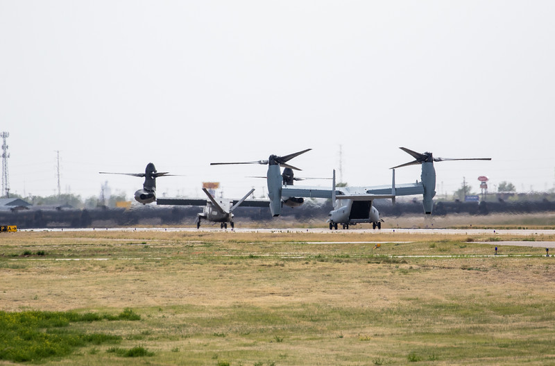 -(Aircraft) Bell V-280 Valor & Bell-Boeing MV-22B Osprey <br /> -(Nation & Service) United States Army (Planned) & United States Marine Corps