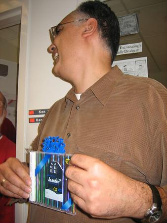 Moe steals the Best Buy gift card ....