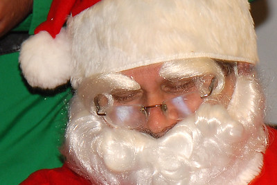 Santa kept falling asleep ... in the middle of his speech ...