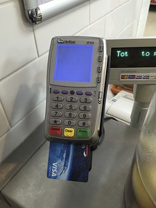 This is how you pay by credit card in the United Kingdom.