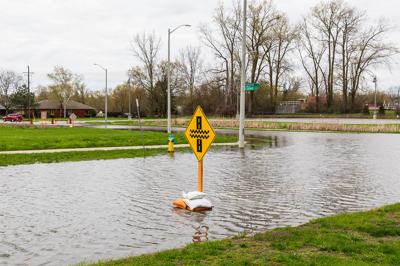 Harbour Drive and South George Street. Water and sign.