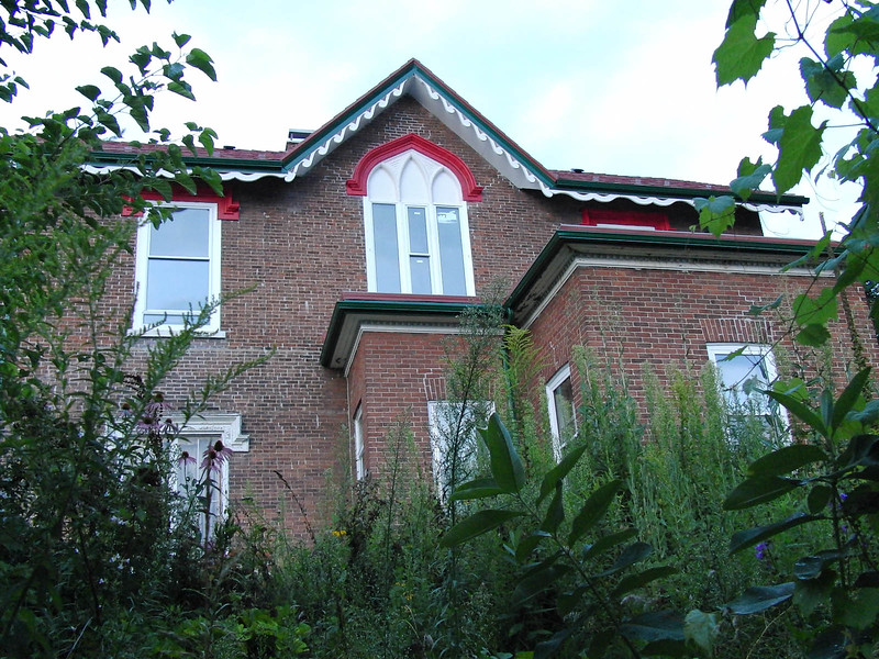 47 Campbell from behind old library