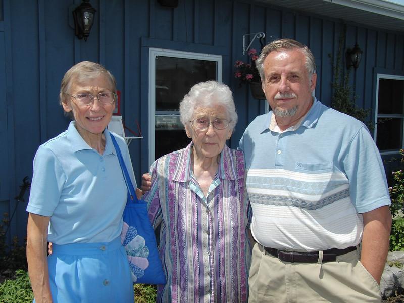 Margaret Arpin, Jean Lantz, Andre Arpin outside the Boathouse Restaurant 2008 August 8