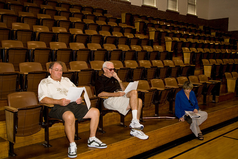 Jim Blackburn, Nate, and Karin Federoff wait for classmates to return.