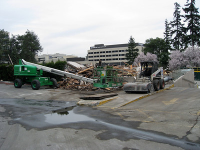 Construction of the NE 10th Overpass, crossing I-405 in Bellevue.  Demolition of the Paragon Hotel to make way for the project.