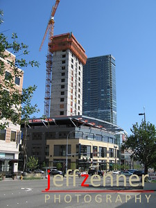 Lincoln Square Office Tower - Tenants include Microsoft and Eddie Bauer, first few floors include Lincoln Square Cinemas, shopping, and restaurants.At the corner of Bellevue Way and NE 8th