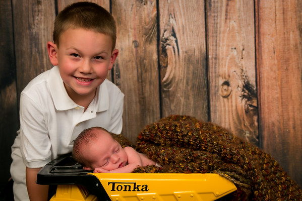 {Carter's Newborn Session}
