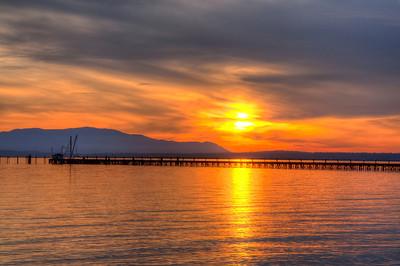 bay-pier-sunset