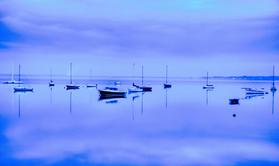 boats-winter-dawn