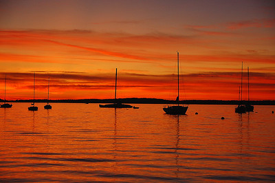 sail-boats-red-sunset-2