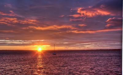 bay-sunset-boat