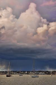 bellingham-bay-boats-clouds