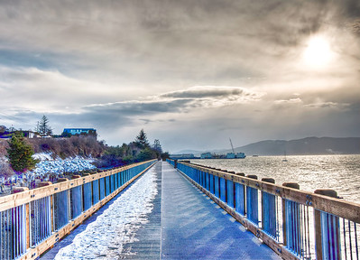 snowy-bay-pier