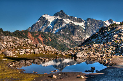 mount-shuksan-pond