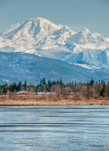 mount-baker-frozen-lake-2