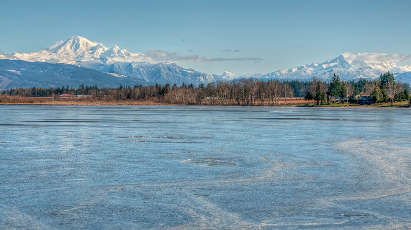 mount-baker-sisters-frozen-lake