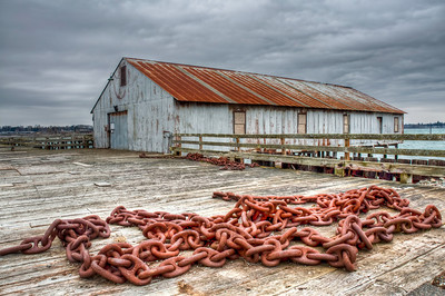dock-anchor-chain