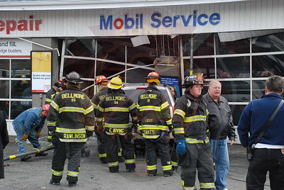 Bellmore F.D. Car Into Building Merrick Rd. and Bellmore Ave. 1/5/08