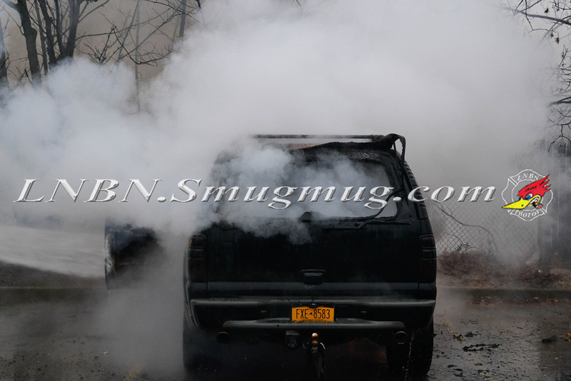 Bellmore F D Car Fire King Kullen 1-14-14--5