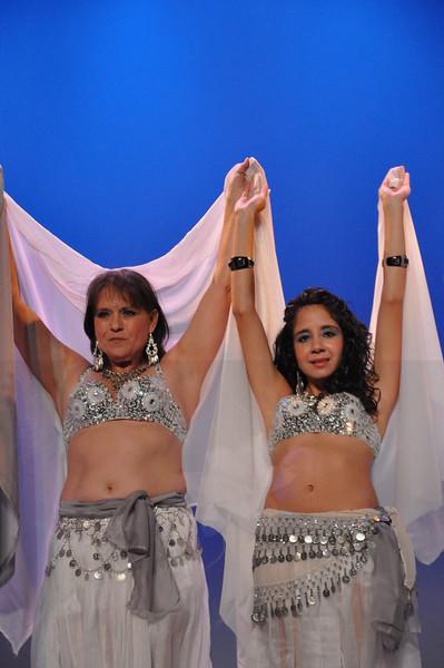10-23-2010 Bellydance Extravaganza 089
