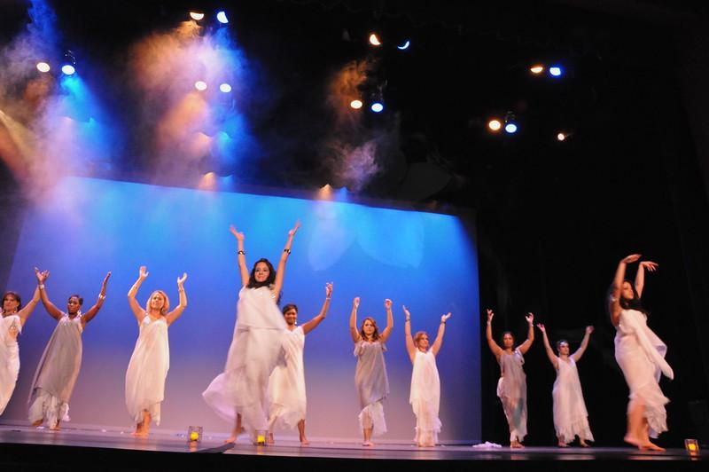 10-23-2010 Bellydance Extravaganza 046