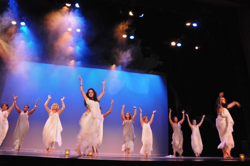 10-23-2010 Bellydance Extravaganza 045