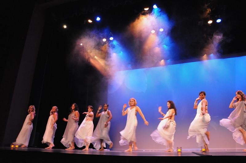 10-23-2010 Bellydance Extravaganza 051