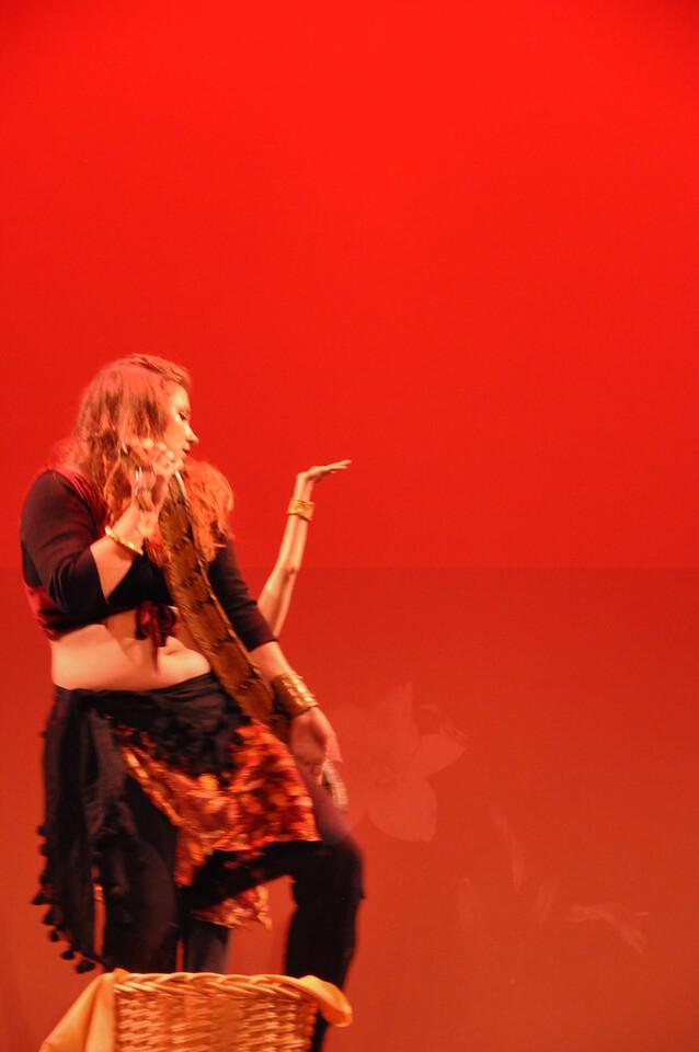 10-23-2010 Bellydance Extravaganza 164