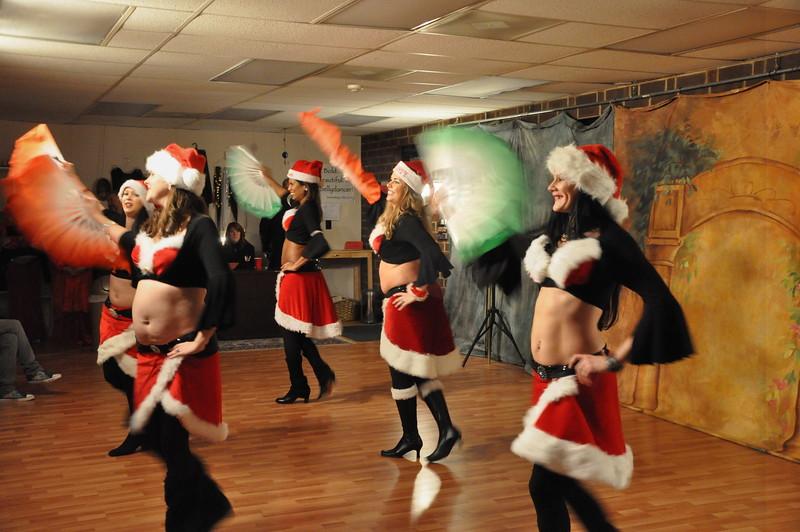 Holiday Hafla 12-19-2010 083