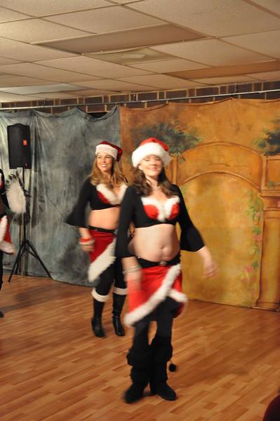 Holiday Hafla 12-19-2010 033