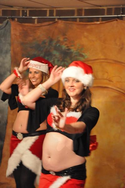 Holiday Hafla 12-19-2010 008 (2)