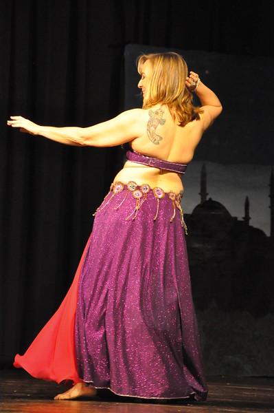 Troupe Sholeh Recital 6-2-2013 443