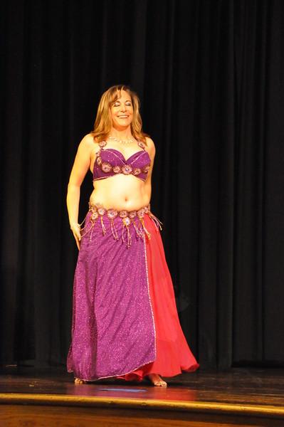 Troupe Sholeh Recital 6-2-2013 515