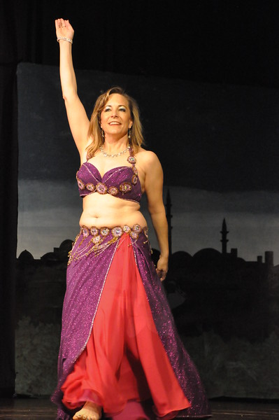 Troupe Sholeh Recital 6-2-2013 403