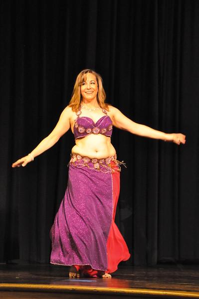Troupe Sholeh Recital 6-2-2013 514