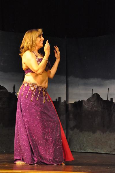Troupe Sholeh Recital 6-2-2013 437
