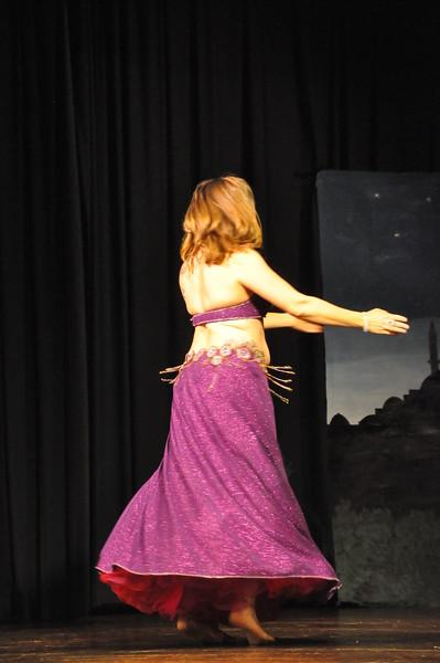 Troupe Sholeh Recital 6-2-2013 480