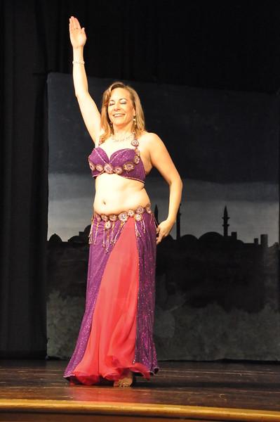 Troupe Sholeh Recital 6-2-2013 405