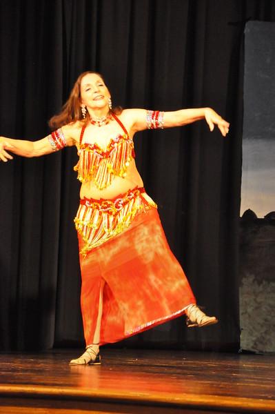 Troupe Sholeh Recital 6-2-2013 598