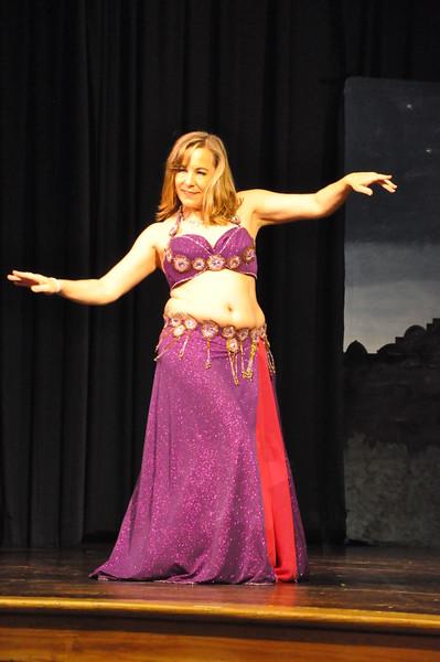 Troupe Sholeh Recital 6-2-2013 426