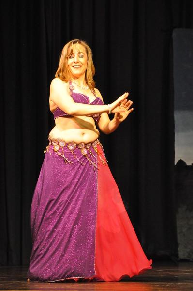 Troupe Sholeh Recital 6-2-2013 445