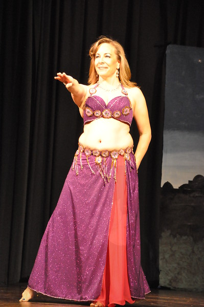 Troupe Sholeh Recital 6-2-2013 310