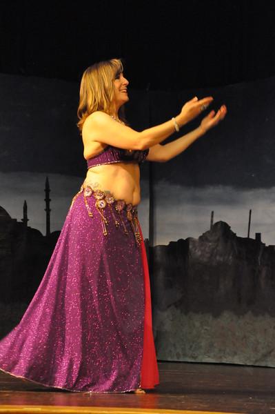 Troupe Sholeh Recital 6-2-2013 436